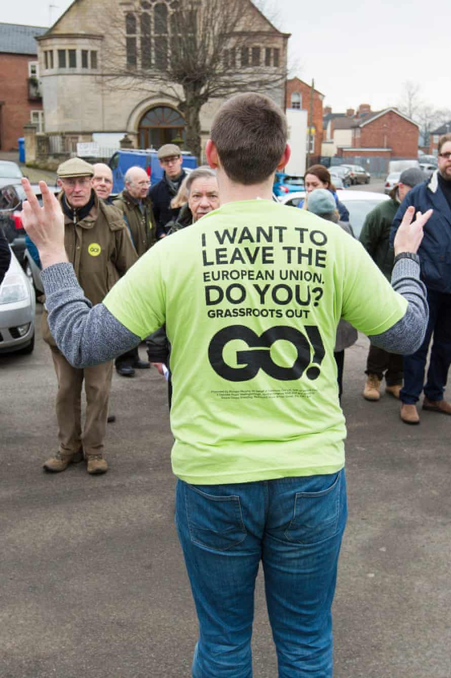 Grassroots Out campaigners meet in Rothwell.