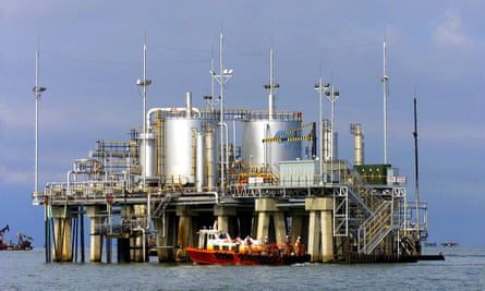 Oil platform in Venezuela