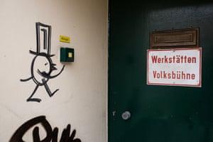 Entrance to the Volksbühne workshop.