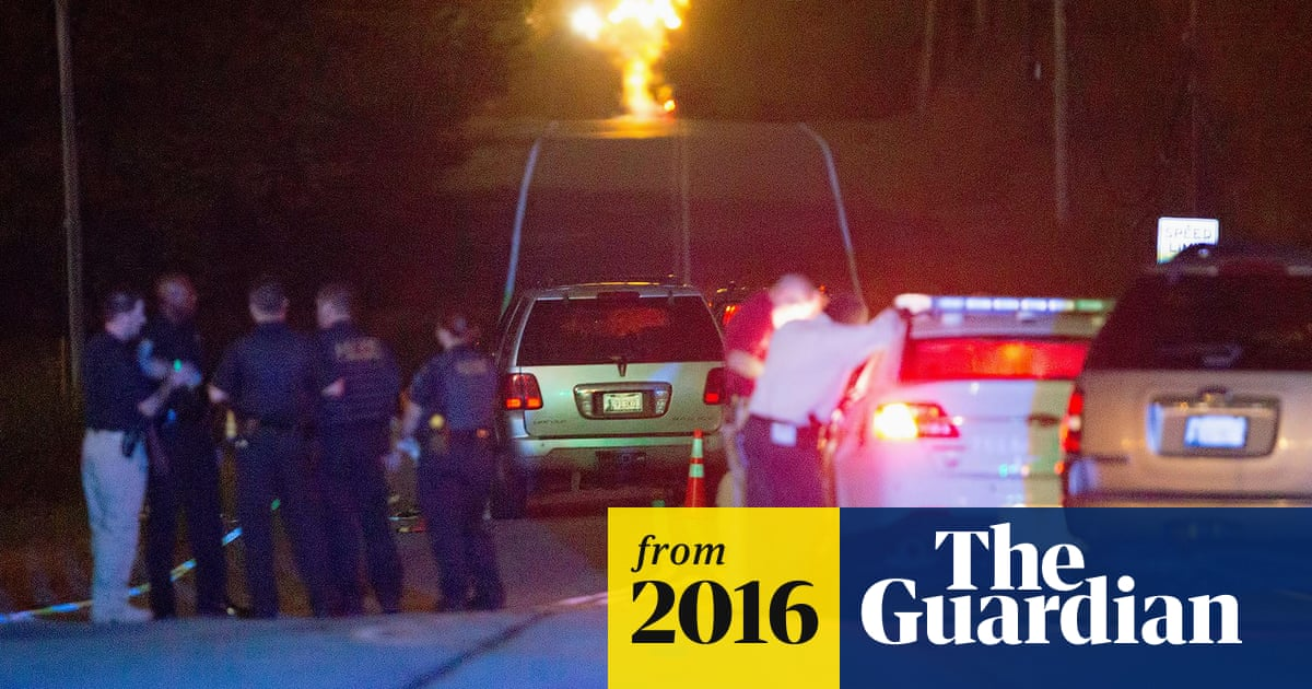 Video in Tulsa police shooting shows black man was unarmed with hands up