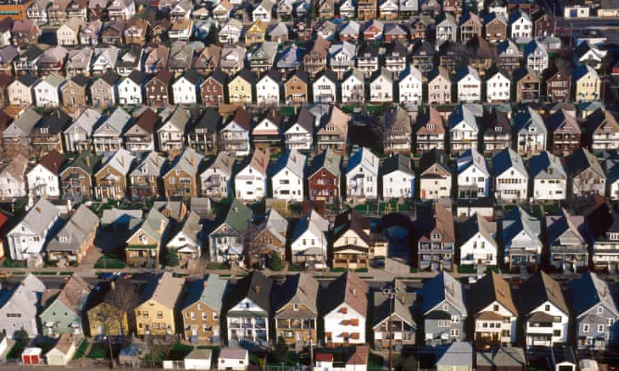 Detroit is among the American cities with the lowest median household income