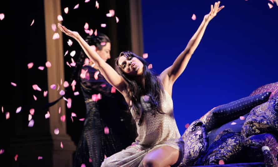 Danielle de Niese as Cleopatra in Giulio Cesare at Glyndebourne.