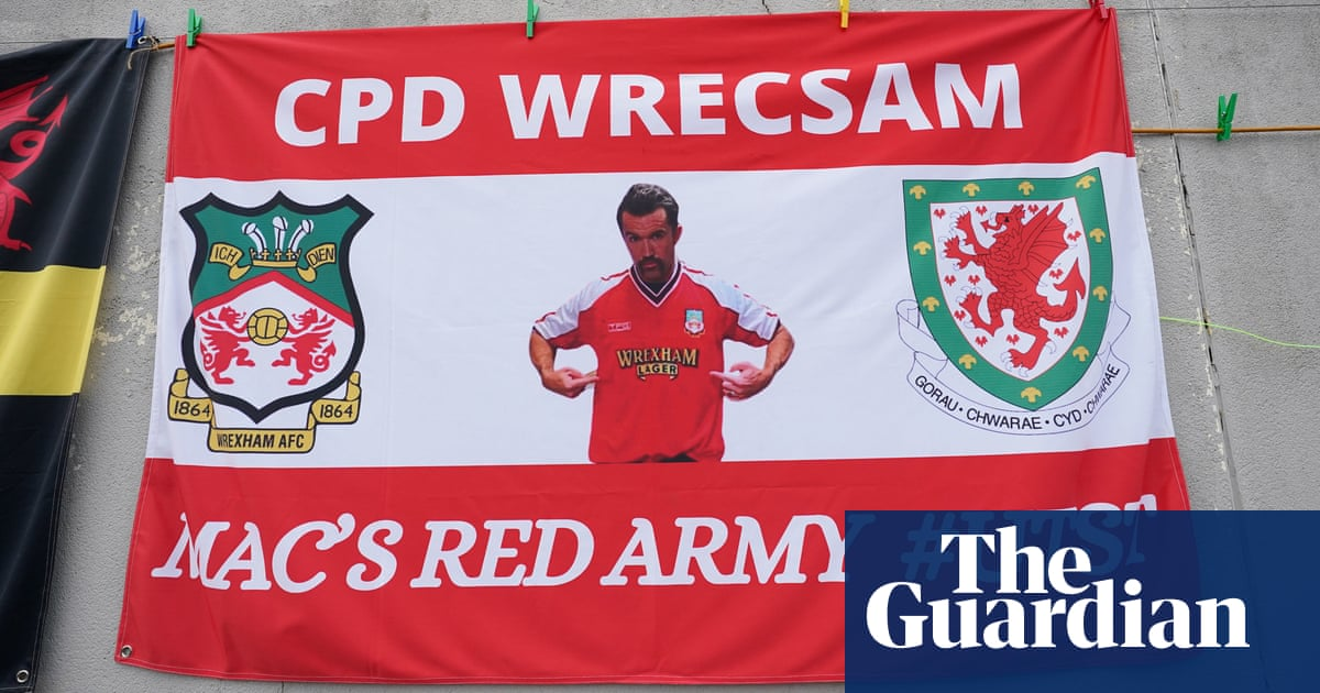 Wrexham 'need to get out of this league' says McElhenney after game is called off