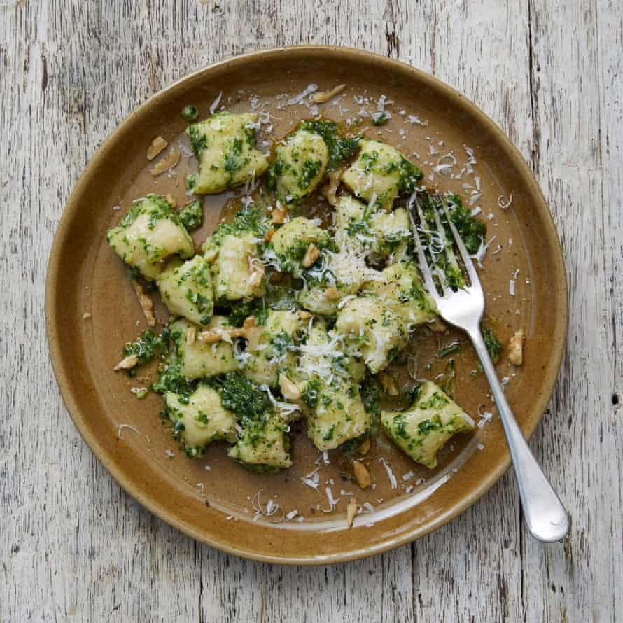 A rich potato gnocchi with walnut-parsley pesto from Meike Peters.