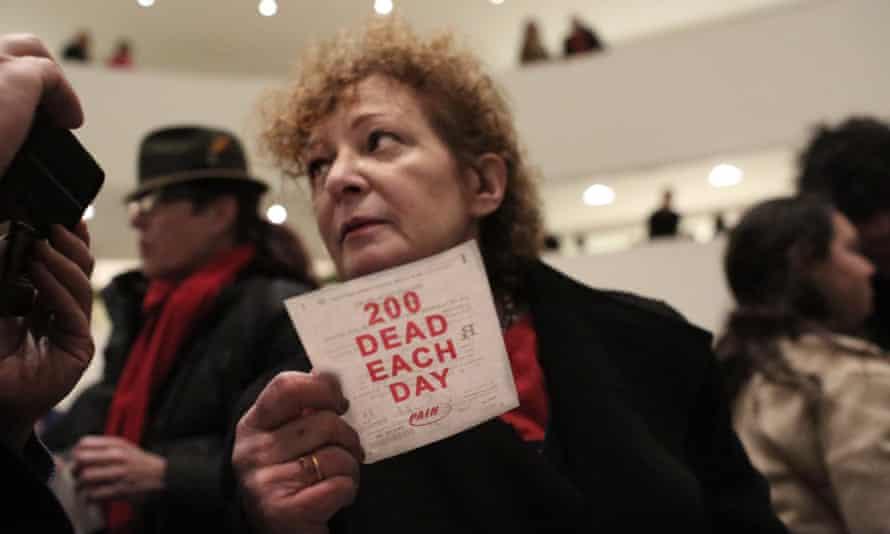 نان گلدین و سازمان او در 9 فوریه 2019 در موزه گوگنهایم در شهر نیویورک اعتراض کردند.