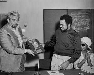 Barney Ales presents a 'Golden Ear' award to Berry Gordy, with Quality Control queen Billie Jean brown alongside, in Las Vegas 1969. Courtesy of Barney Ales