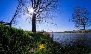 The river Waveney, Norfolk/Suffolk border