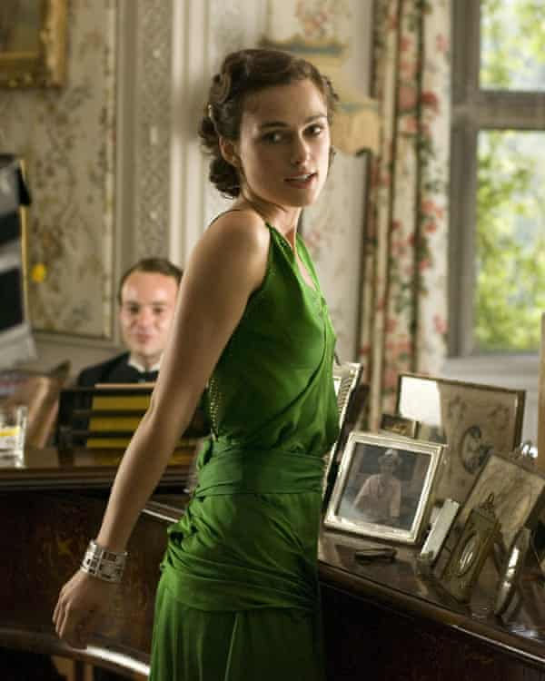 Keira Knightley as Cecilia Tallis in the film of Atonement (2007).