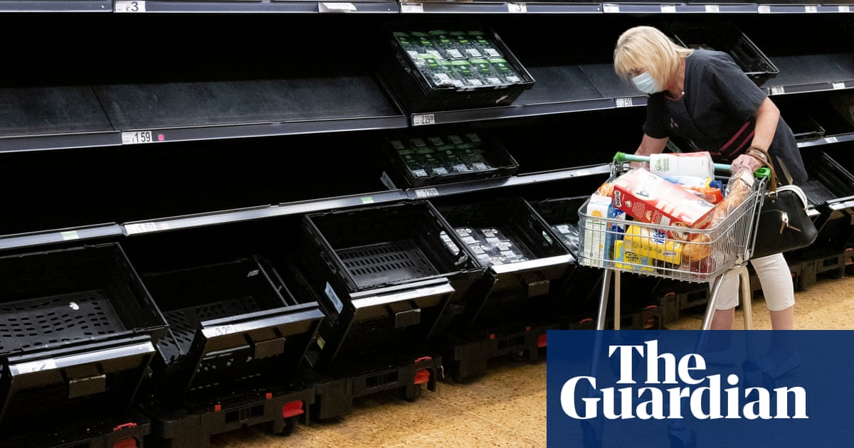 UK supermarkets ask suppliers for payments due to driver shortage