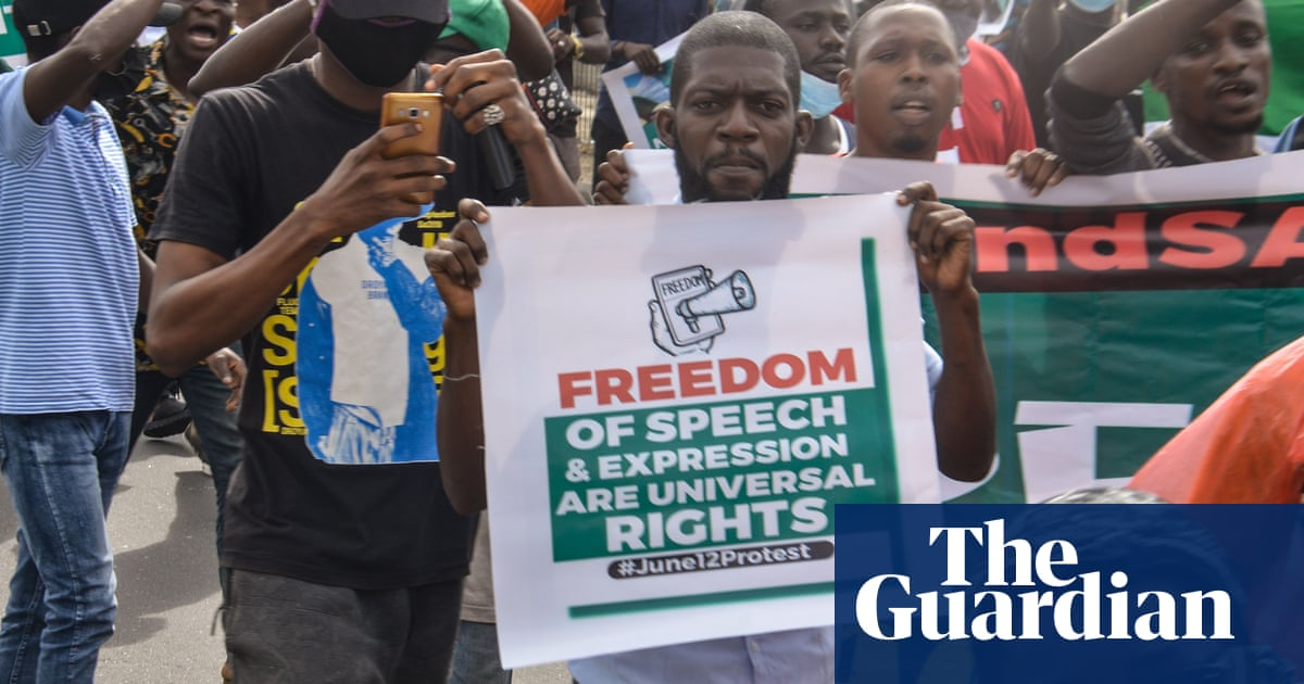 Outcry after Nigerian TV stations told to curb reporting of security issues