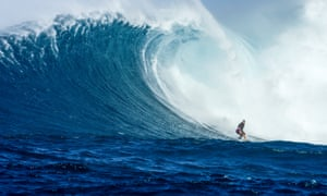 Bethany Hamilton surfs Jaws in Hawaii
