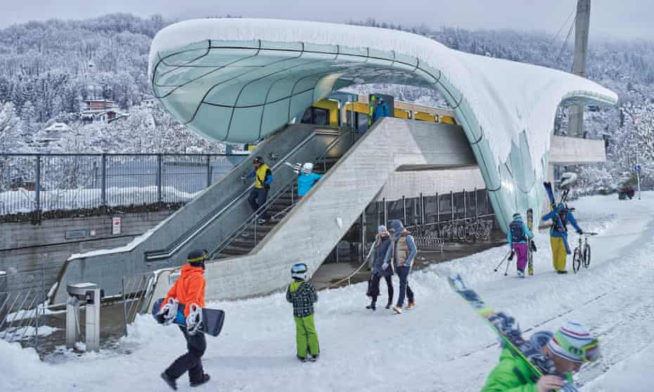 Nordkettenbahnen trains with lots of snow