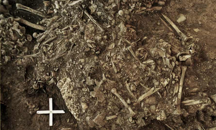 The oldest strain of the plague was found in the teeth of a 20-year-old woman