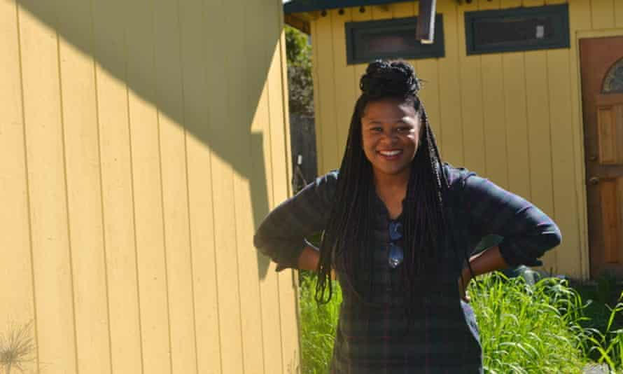 Tameeka Bennett moved to Oakland after her family was unable to find an affordable home in East Palo Alto.