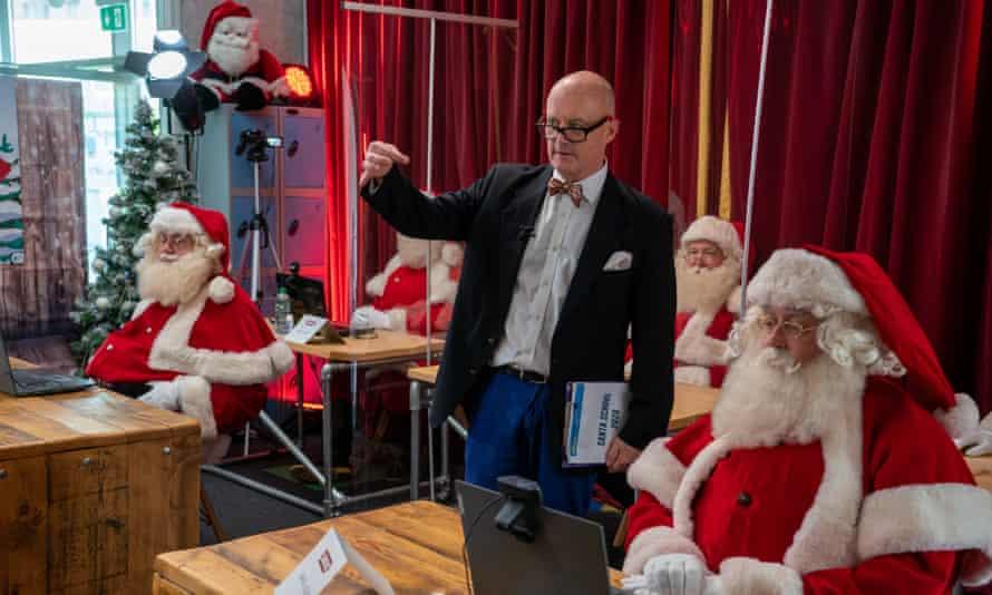 Santas at Ministry of Fun