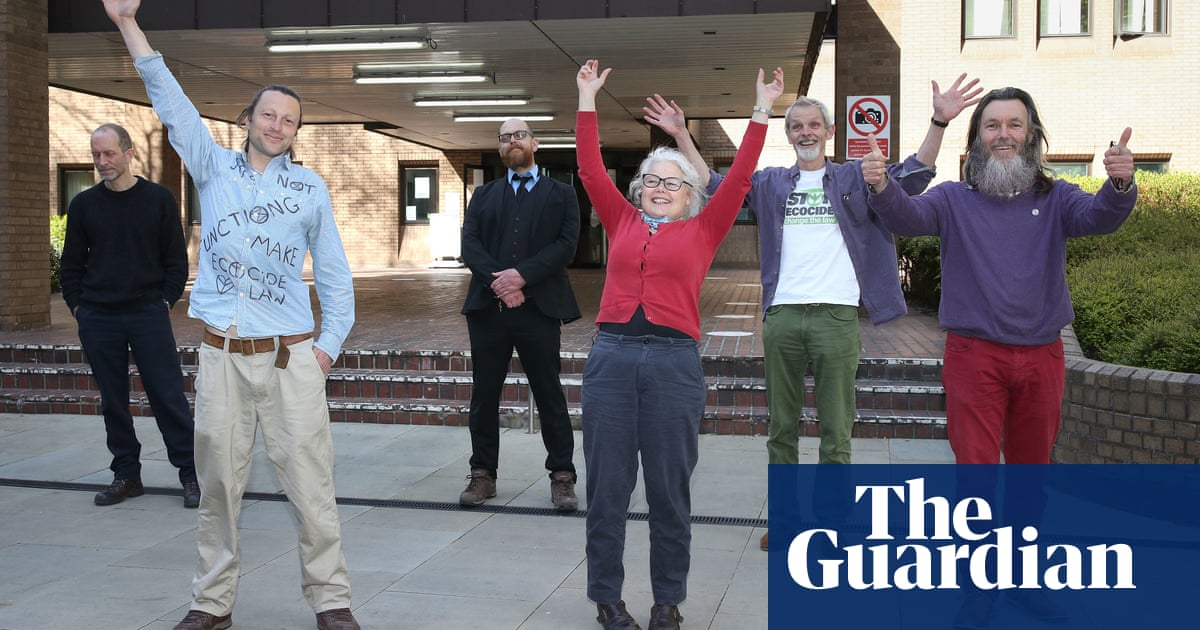 Jury acquits Extinction Rebellion protesters despite 'no defence in law'
