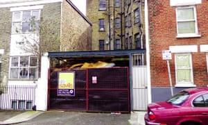 Fulham garage sells for half a million pounds