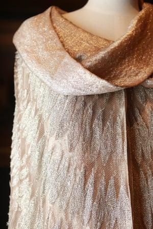 Evening cape (1928) by Madeleine Vionnetsilk (tulle, chiffon) metallic thread, lamé