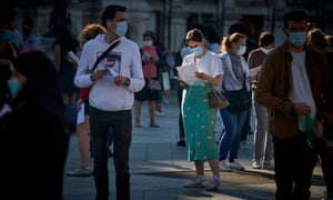 Parisians queue at the Hotel de Ville to be tested for Covid-19 in September.