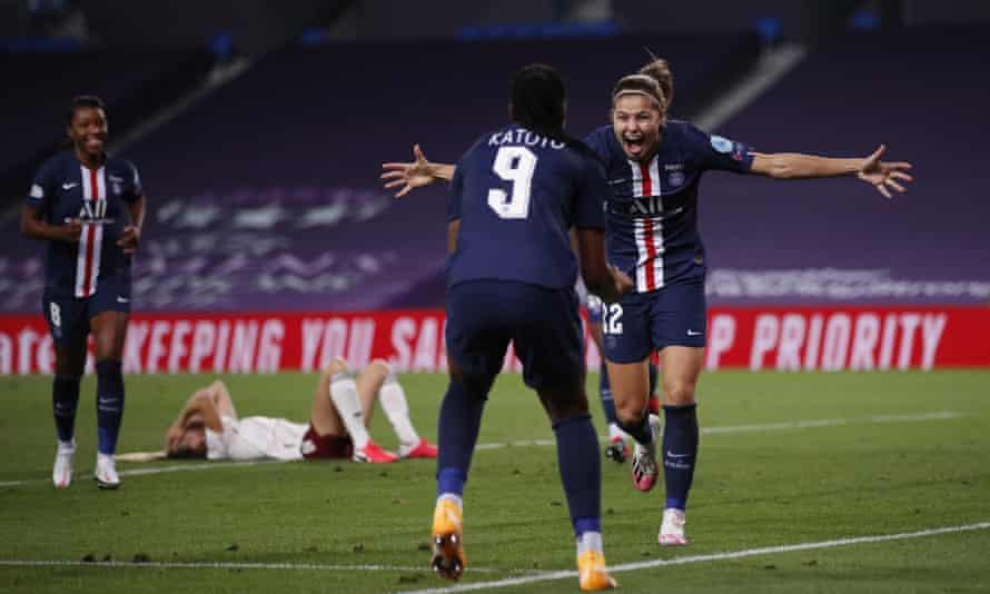 Signe Bruun celebrates with teammate Marie-Antoinette Katoto (front)