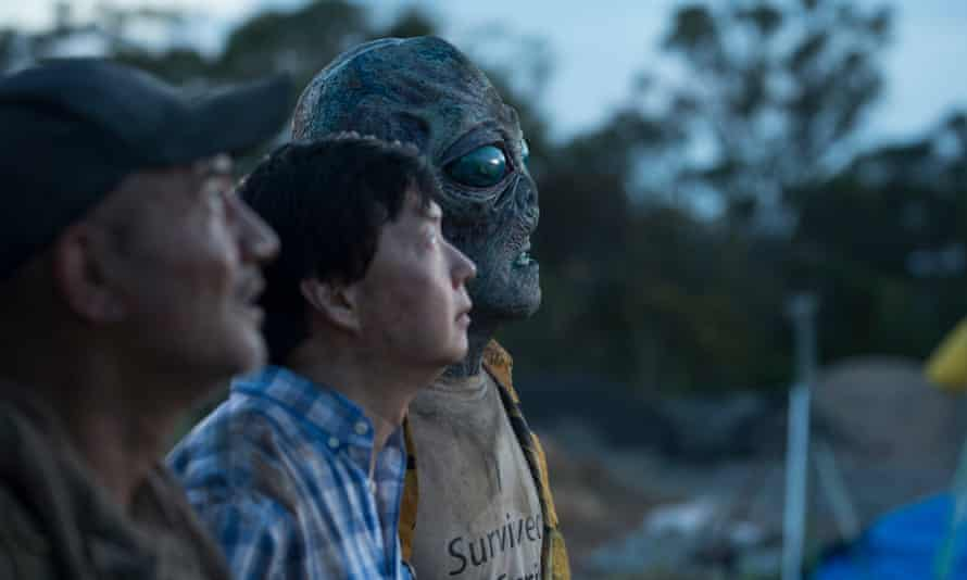 Motley rebels … Temuera Morrison, Ken Jeong and Ben Chisholm as Steve the alien in Occupation: Rainfall.