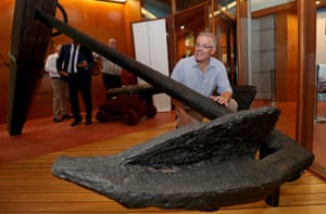 Australian prime minister Scott Morrison looks at an anchor from James Cook's ship Endeavour during a visit to the Cooktown Museum in Cooktown, Queensland, Australia, 22 January 2019.