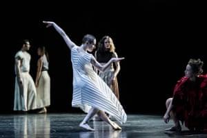 Full Moon by Sydney Dance Company
