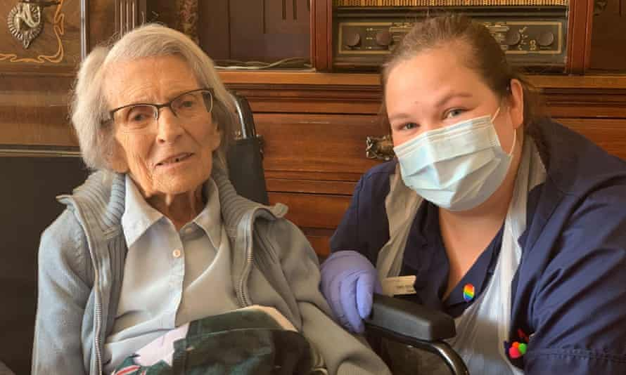 Nurse Kelly Smith and 106-year-old Connie Titchen.