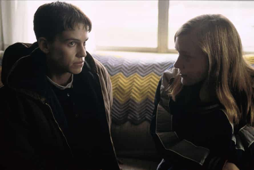 Hilary Swank and Chloe Sevigny in Boy's Don't Cry