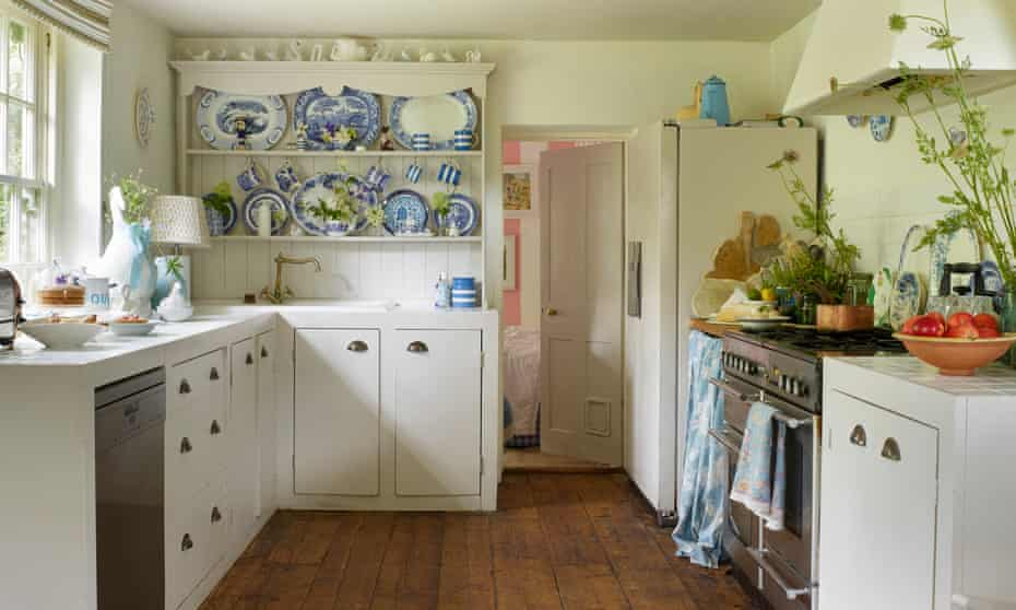 Spode pottery on display in the kitchen.