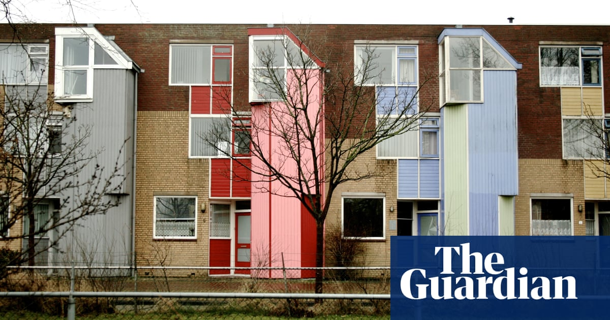 Inside Almere The Dutch City That S Pioneering Alternative Housing