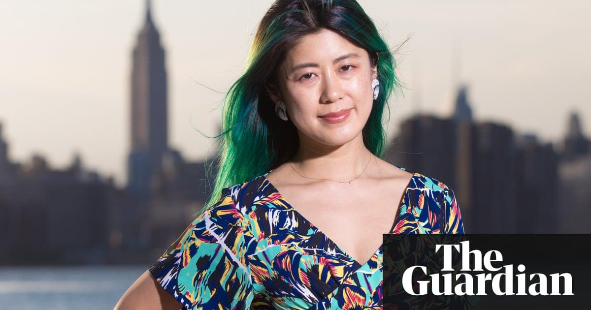 Young asian girl with tan line, superhero cumshot
