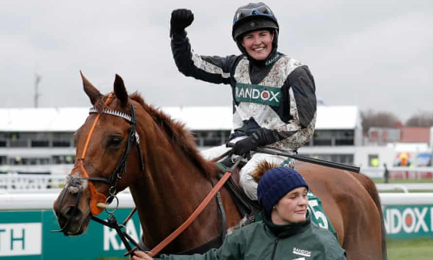 Top Wood and Tabitha Worsley return in triumph after the Foxhunters' Chase at Aintree.