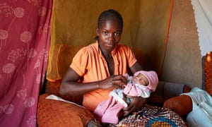 One Day Young, Malawi Water Aid image from HannahWilkinson@wateraid.org Rita Shaba with Baby Ruth