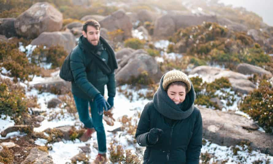 People playing in the snow on kunanyi/Mt Wellington