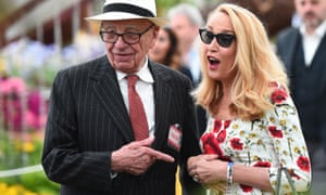 'This one': Rupert Murdoch and Jerry Hall wander the Chelsea gardens.