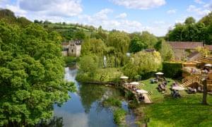 Bucolic tonality? The English countryside