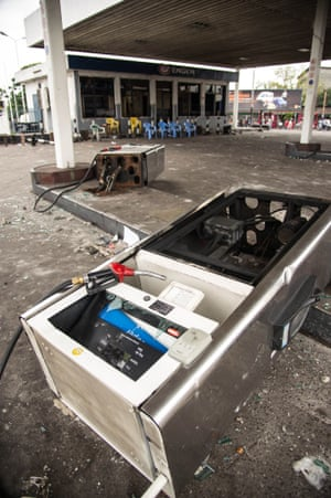 A looted petrol station in Kinshasa