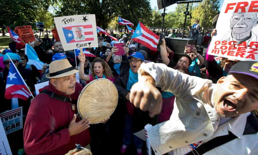 Protesters call for the release of Oscar Lopez Rivera in October outside of the White House.