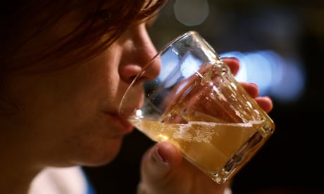 Women now drink as much alcohol as men, global study finds