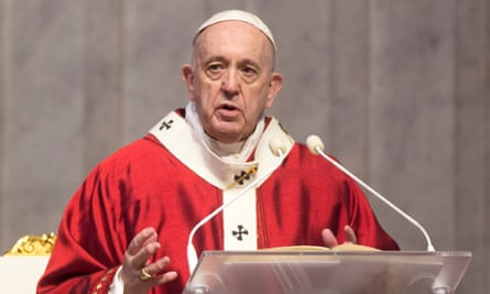 Pope Francis speaking from the pulpit
