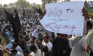 Pakistani demonstrators