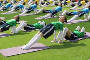 Qinhuangdao, ChinaXinyi Road Primary School students perform their extracurricular exercises.