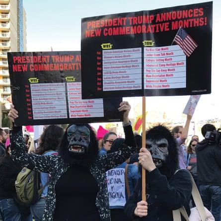 Guerrilleras en la marcha de mujeres de 2016