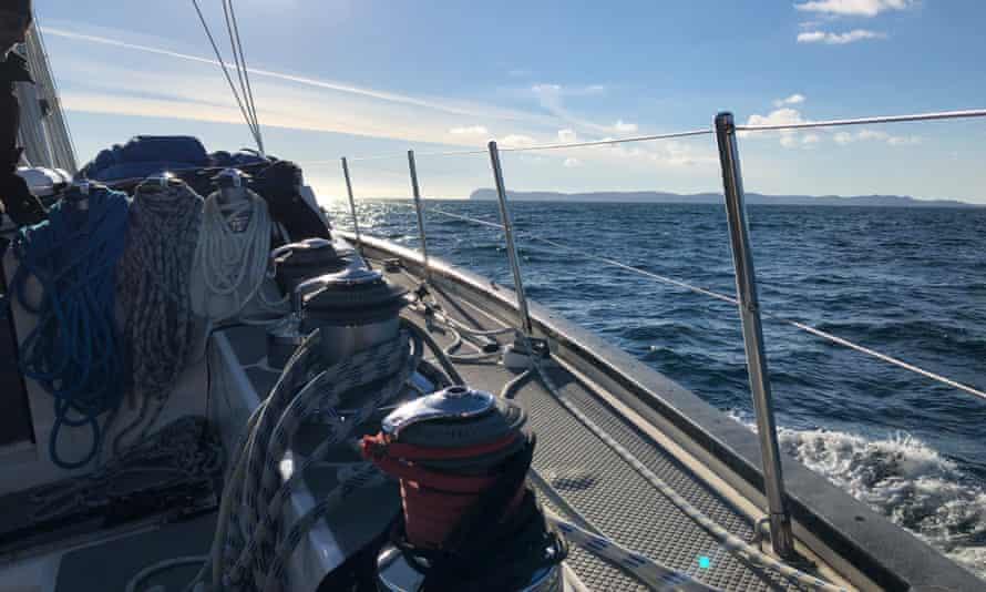 rubicon3 Whiskey Train Sailing in Western Scotland