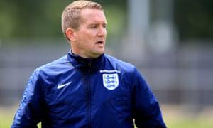 England Women's goalkeeping coach Lee Kendall has resigned.