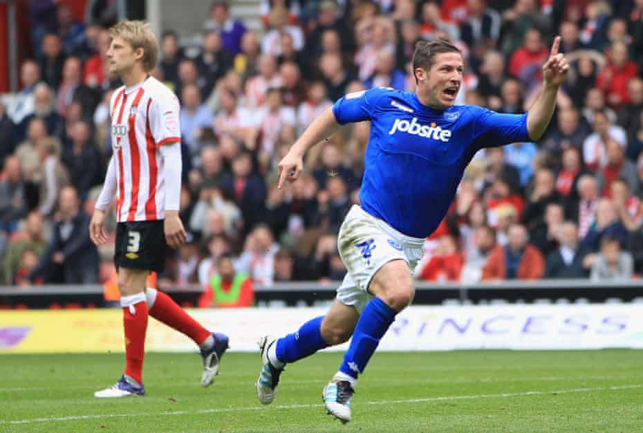 Portsmouth's David Norris celebrates scoring in injury time against Southampton at St Mary's on 7 April 2012.