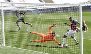 West Ham United's Issa Diop scores an own goal and Newcastle United's first.