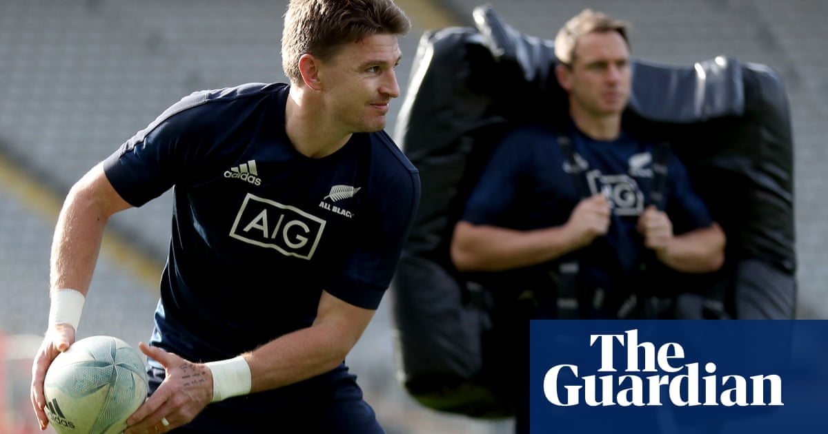 All Blacks hope Beauden Barrett gamble pays off to avoid repeat of history | Matt McILraith