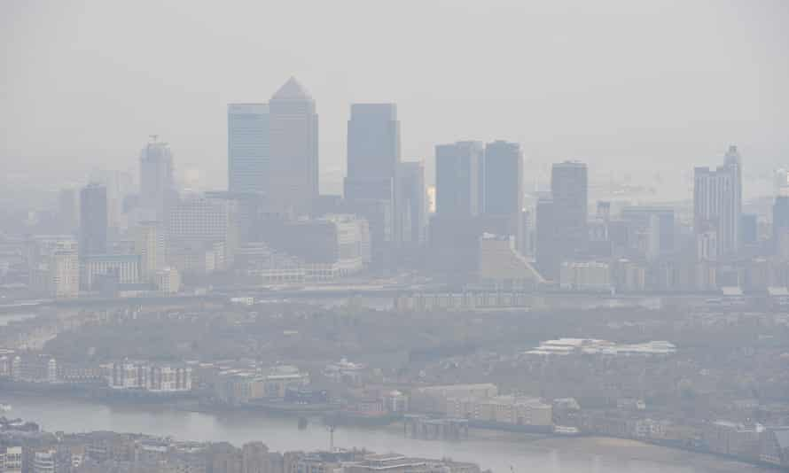 Previous research shows a clear link between economically deprived areas and air pollution, but this study suggests a related race dimension too.